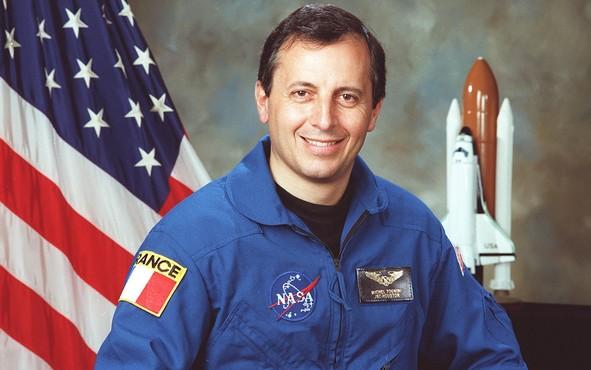 r3272_29_diapo_astronautes_francais05g_thumbnail.png